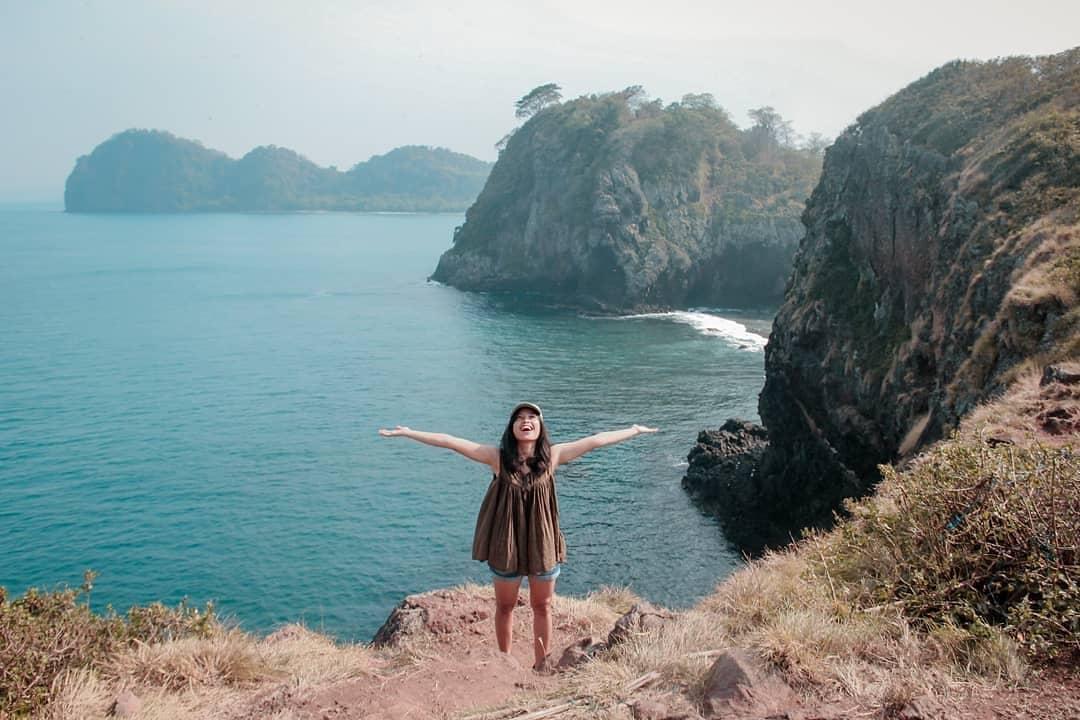 Menjelajahi Eksotisnya Pulau Sangiang Anyer, Berikut Rutenya